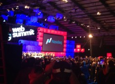 Attendees crowd into the main arena to see Taoiseach Enda Kenny ring the Nasdaq opening bell